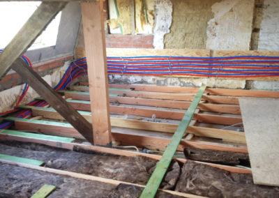 Zolderrenovaties-West Vlaanderen-Sanitaire leidingen-Zoldervloer