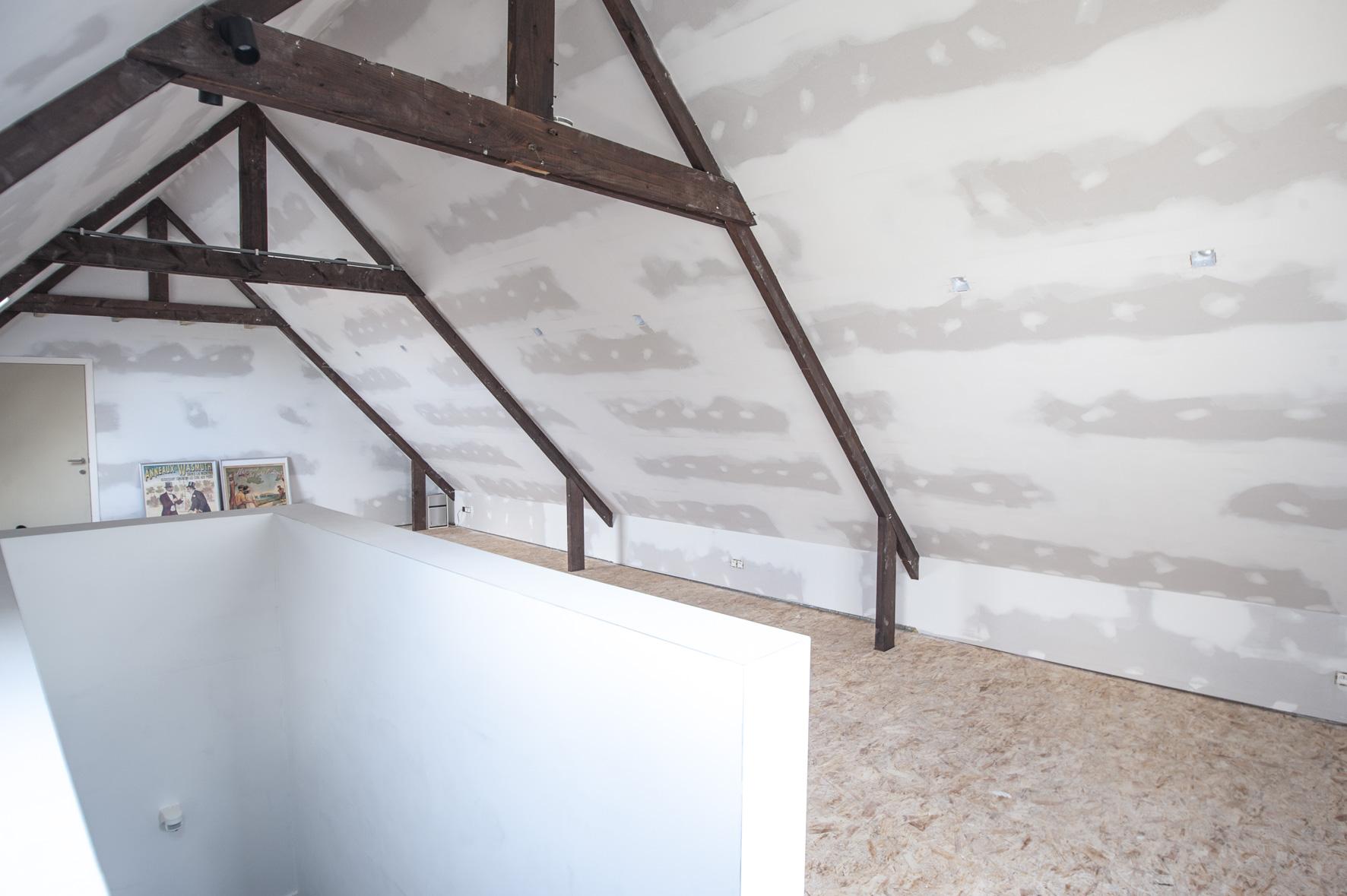 Zolderrenovaties-West Vlaanderen- pleisterwerken